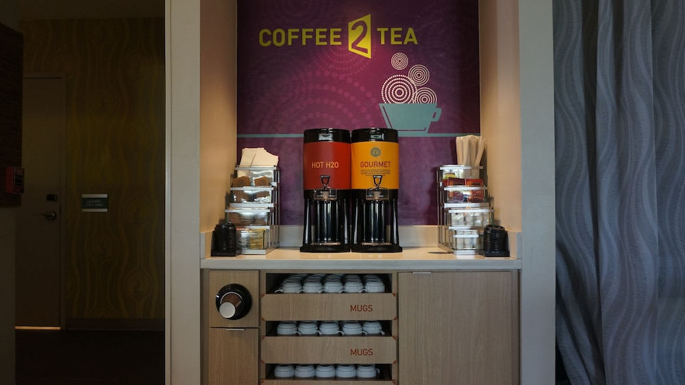 Coffee Service, Home2 Suites by Hilton Clermont