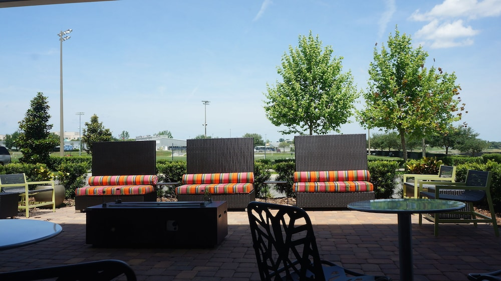Terrace/Patio, Home2 Suites by Hilton Clermont