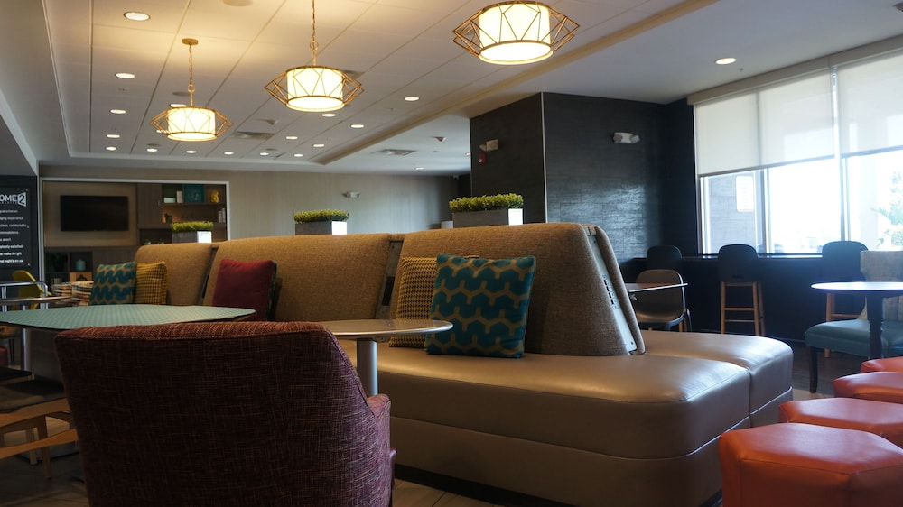 Lobby Lounge, Home2 Suites by Hilton Clermont