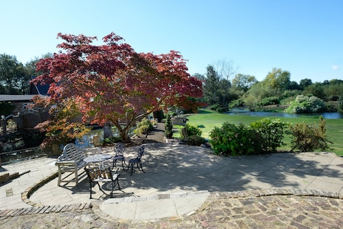 hotels near harefield hospital middlesex