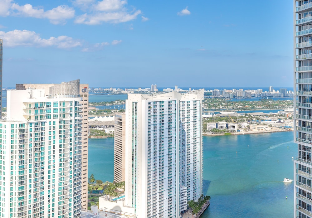 Water view, Brickell by Miami Vacation Rentals