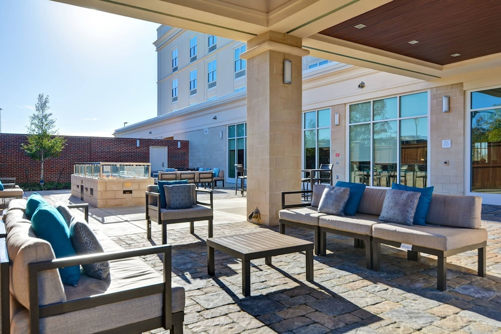 Terrace/Patio, Courtyard by Marriott Jackson Madison