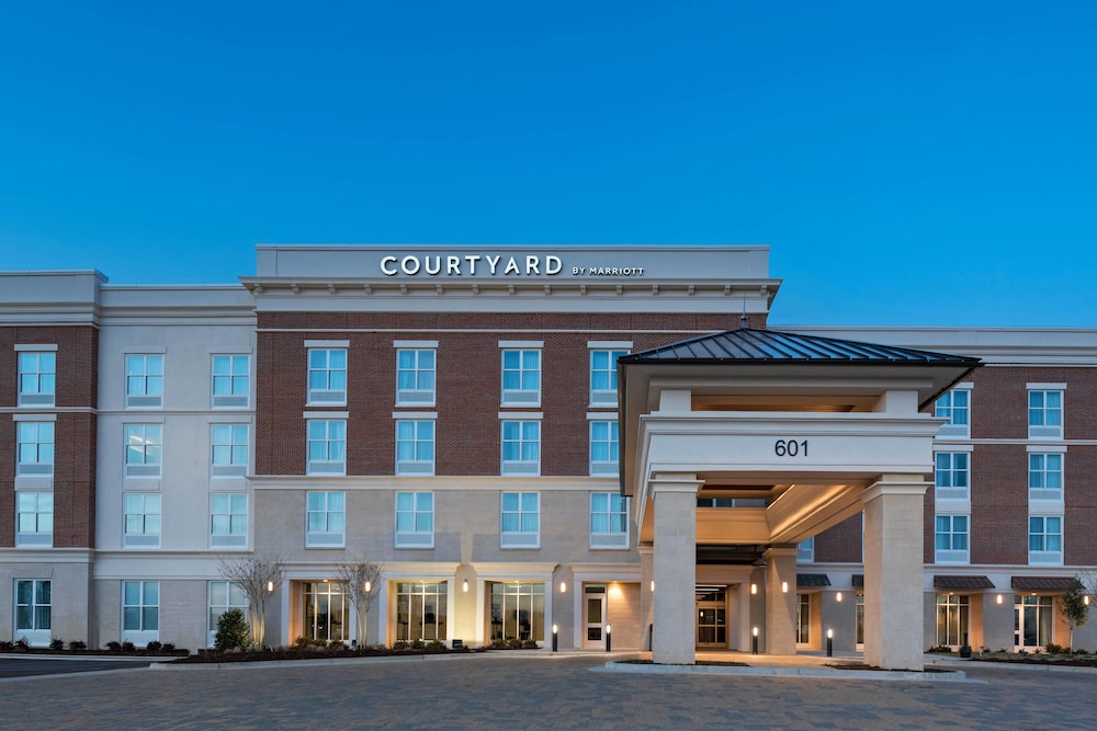 Exterior, Courtyard by Marriott Jackson Madison