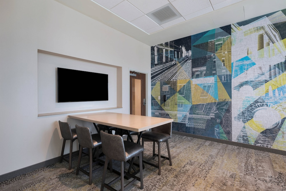 Business Center, Courtyard by Marriott Jackson Madison