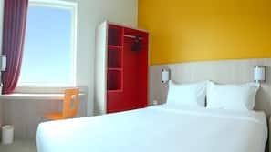 1 chambre, literie de qualité supérieure, ameublement personnalisé