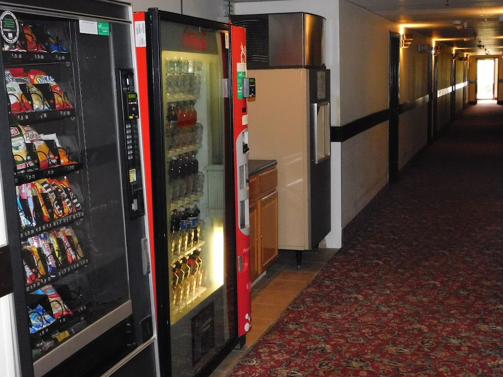 Vending Machine, The Covered Bridge Inn