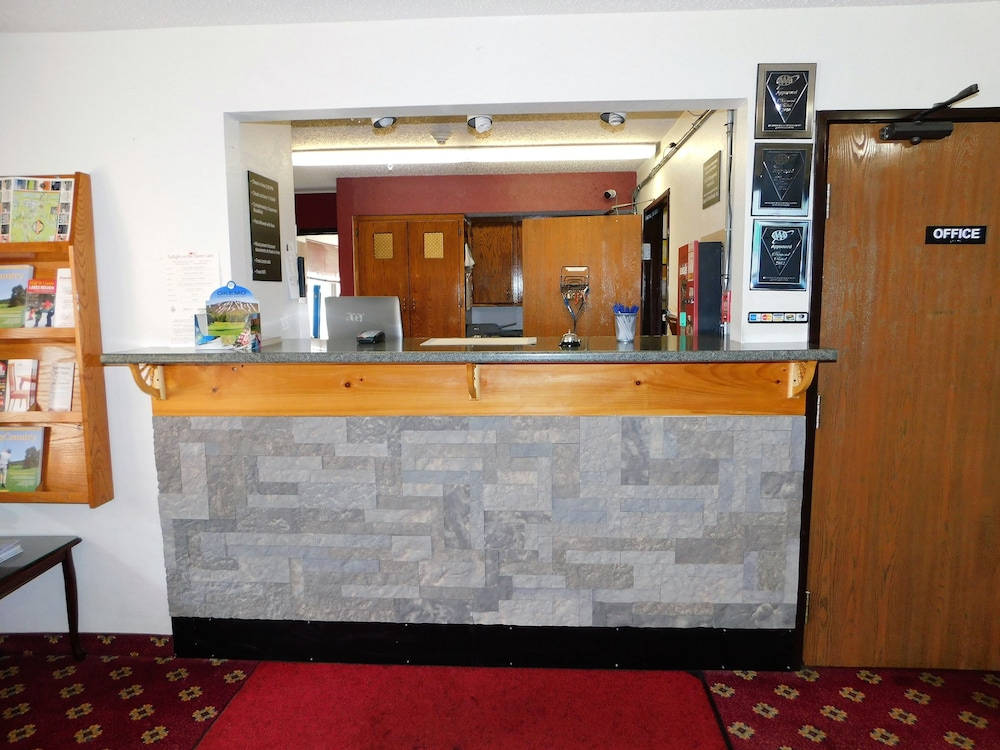 Concierge Desk, The Covered Bridge Inn