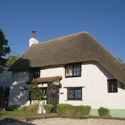 Lovely Cottage & Garden. 5 min Drive From Paultons Park, Home of Peppa Pig