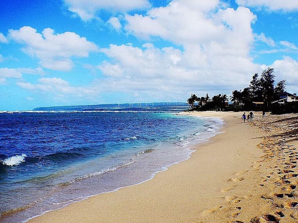 Beach, North Shore Oahu steps from the beach!