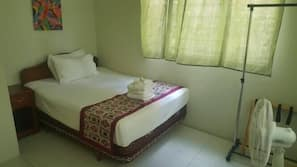 Blackout curtains, iron/ironing board, WiFi, linens