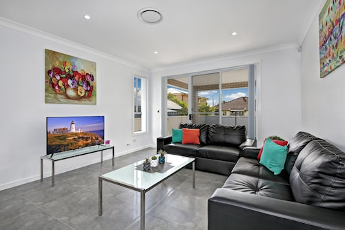 Canley Heights Villas - Sydney