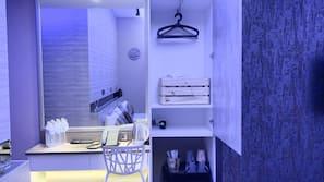8 間臥室、免費 Wi-Fi、床單