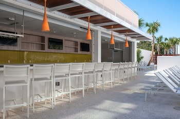 Prime The Sarasota Modern A Tribute Portfolio Hotel Reviews Theyellowbook Wood Chair Design Ideas Theyellowbookinfo