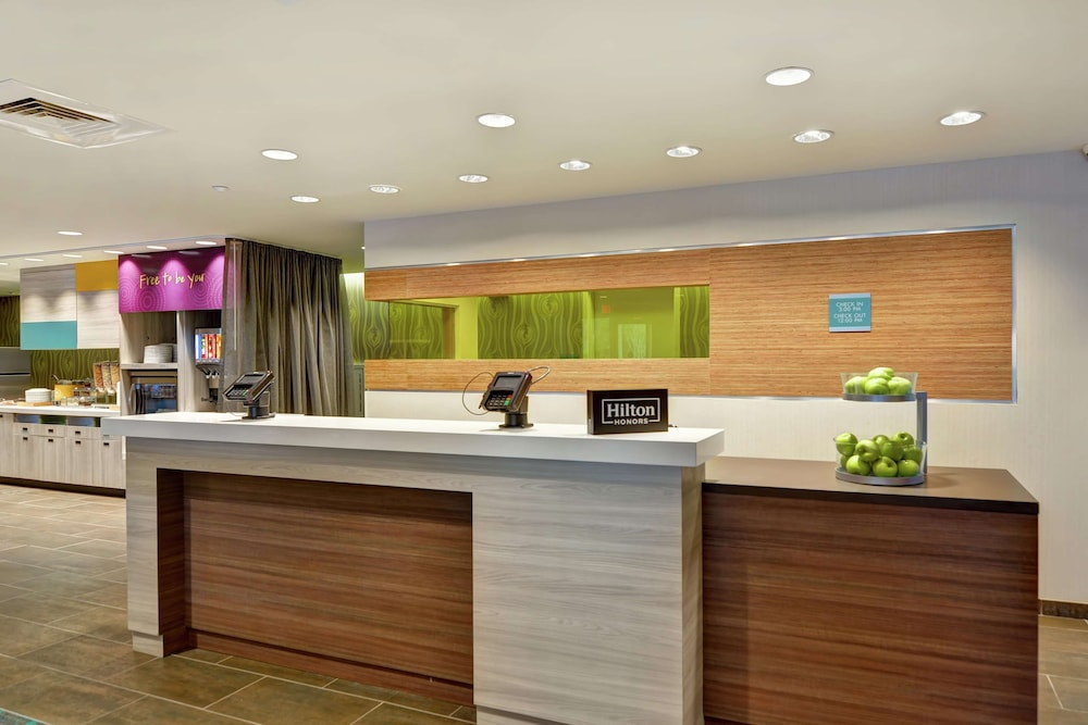Reception, Home2 Suites by Hilton Daytona Beach Speedway