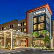 Cambria Hotel Charleston Riverview