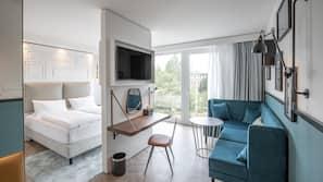 1 Schlafzimmer, Zimmersafe, Schreibtisch, laptopgeeigneter Arbeitsplatz