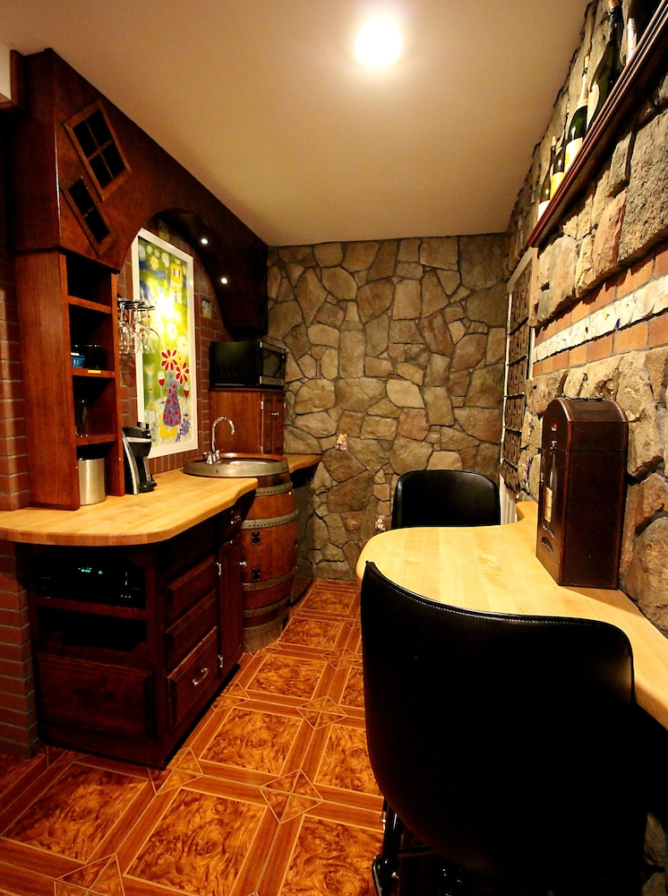 Private Kitchenette, Adventure Suites