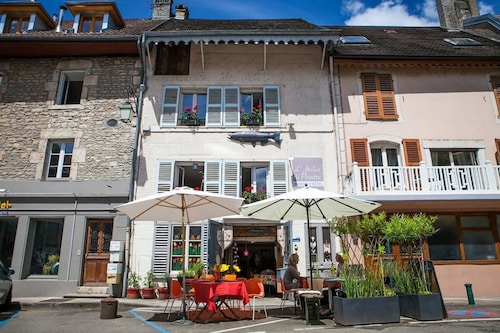 Top 10 Accommodation Near Besancon Golf from AU$89   Wotif Chambre Dhote Cis on