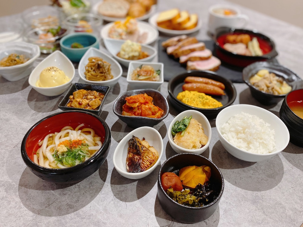 Breakfast buffet, WeBase TAKAMATSU - Hostel