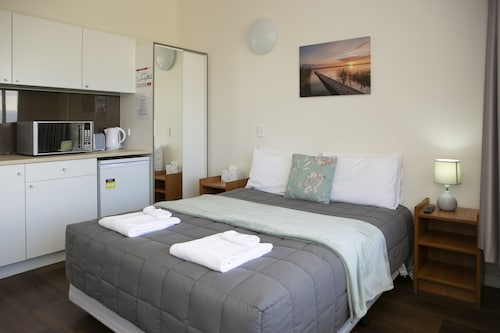 Rivers Apartments & Motel Sale Gippsland