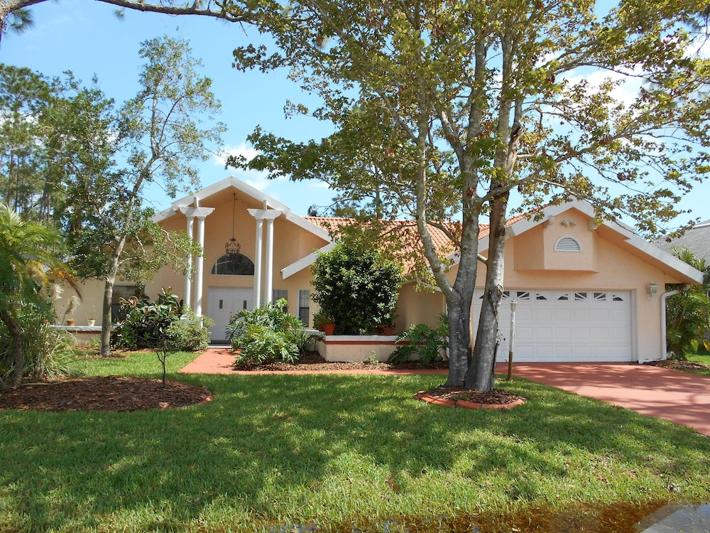 The Casa Grande Heated Pool5 bed Kid/pet Friendly Palm Coast Home in ...