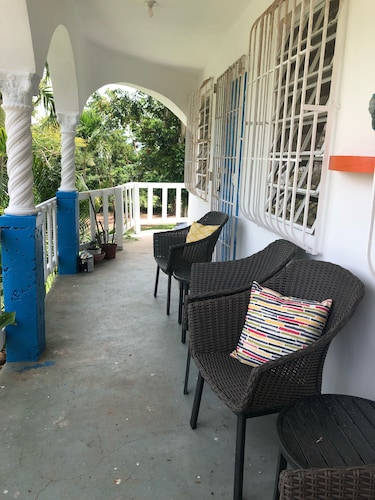 Balcony, Quiet Recently Updated Home Perfect for a Couple or a Larger Family. Sleeps 8!
