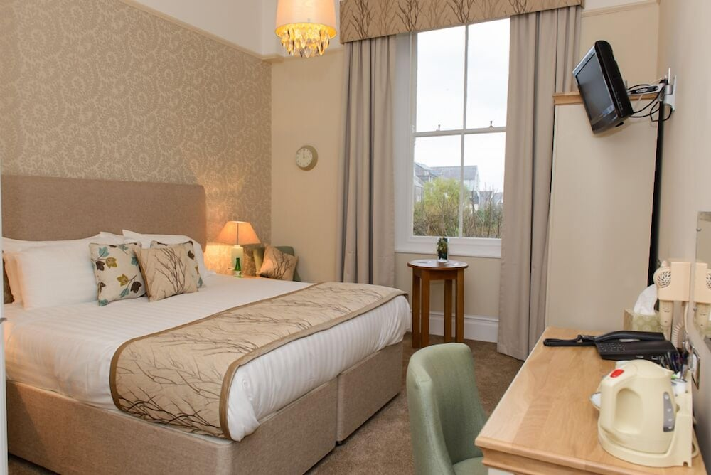 Giltar Hotel (Tenby) – 2019 Hotel Prices | Expedia.co.uk on portugal map, europe map, canary islands map, austria map, mexico map, florida map, britain map, france map, mediterranean map, caribbean map, germany map, england map, poland map, italy map, sweden map, dominican republic map, catalonia map, greece map, china map, japan map,