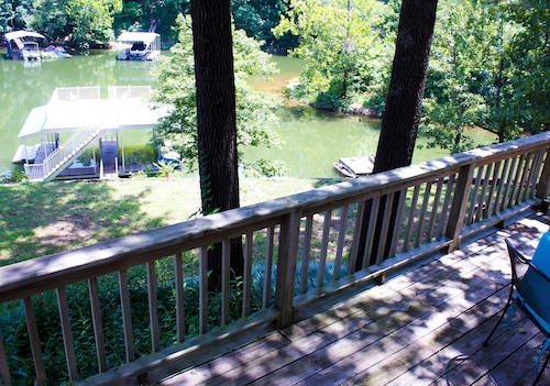Cozy Lakefront Cabin W/upper Level Covered Dock South Grand Lake