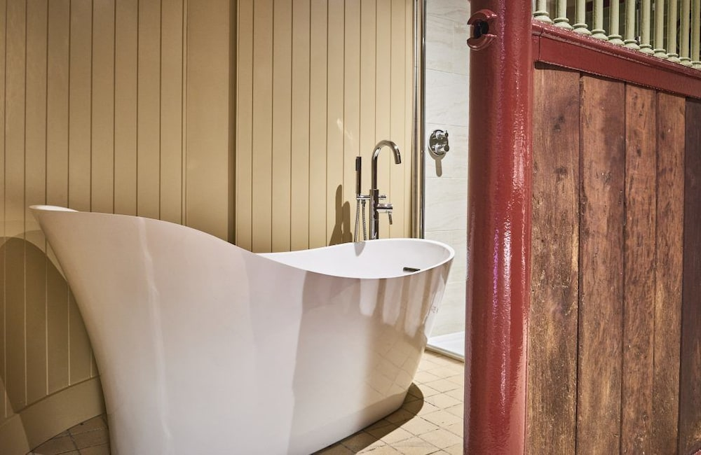 Bathroom, Chesters Stables
