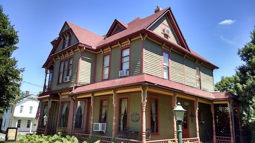 Queen Anne Guest House