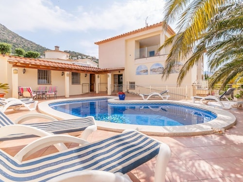 Beautiful Apartment on the First Floor With Communal Pool and Beautiful Views