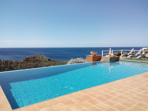 With Panoramic Views and Pool - Casa Ana
