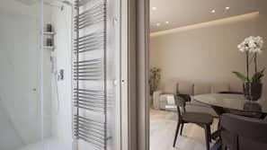 1 Schlafzimmer, Daunenbettdecken, Zimmersafe, Verdunkelungsvorhänge