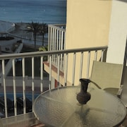 Apartment With one Bedroom in Calp, With Wonderful sea View, Enclosed Garden and Wifi - 20 m From the Beach
