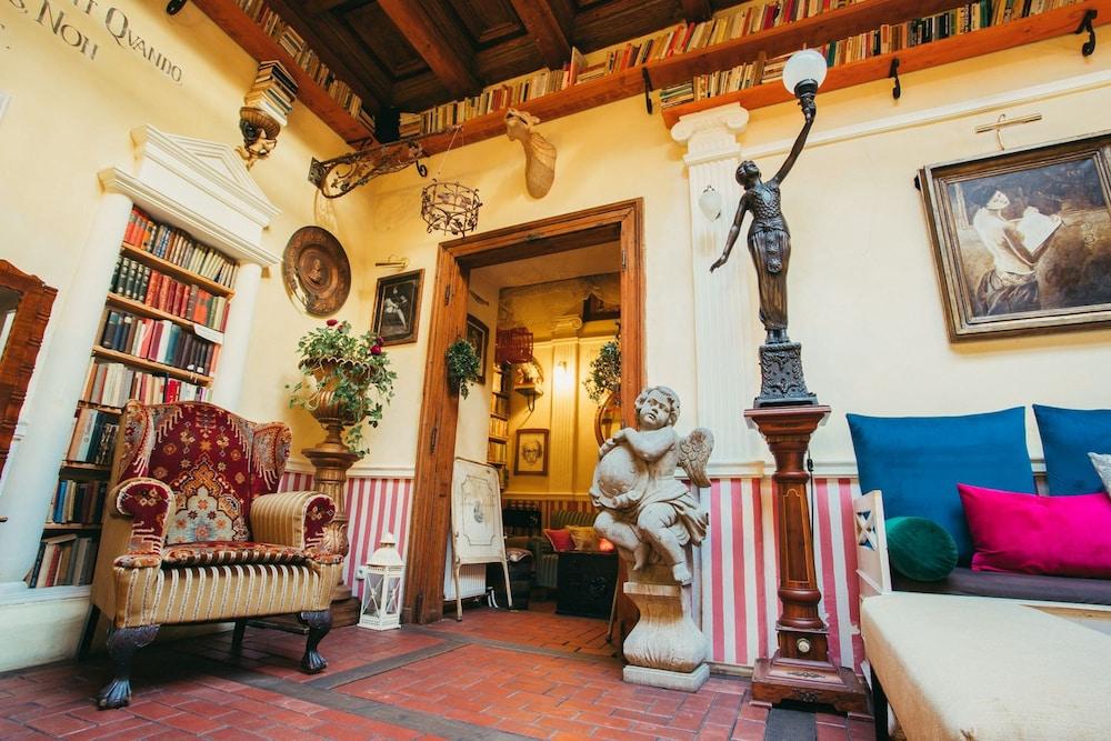 Divná Pani Luxury Gallery Rooms Banska Stiavnica 2019 Hotel Prices Expedia Co Uk