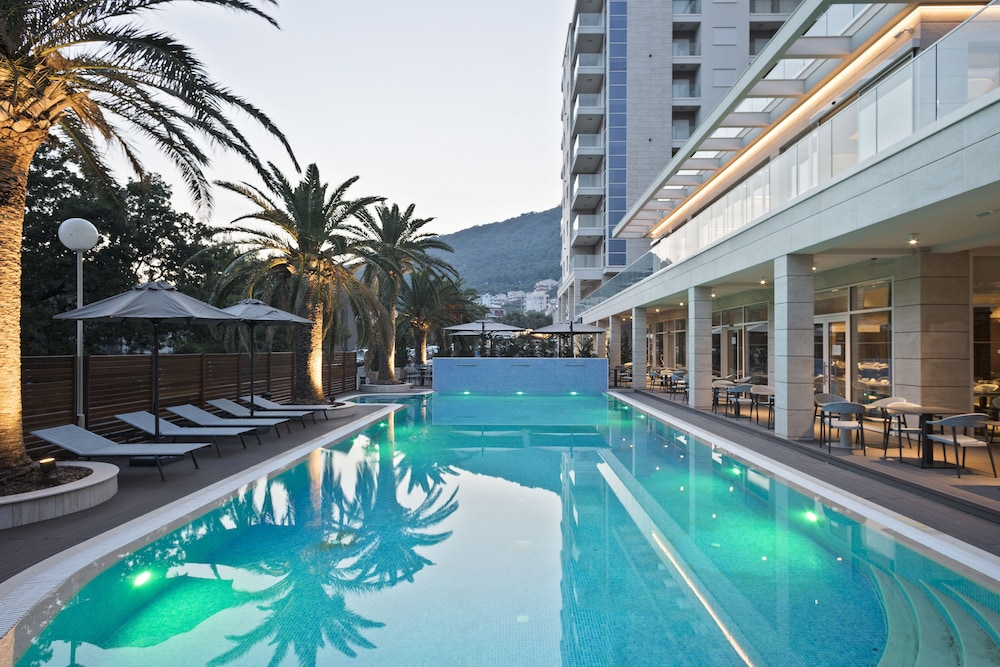 Outdoor Pool, Hotel Ami Budva Petrovac