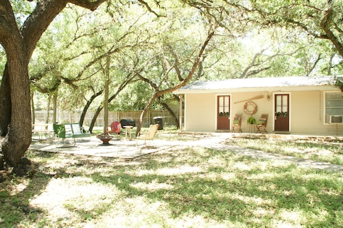 Best Cabins In New Braunfels For 2019 Find Cheap 58 Cabins