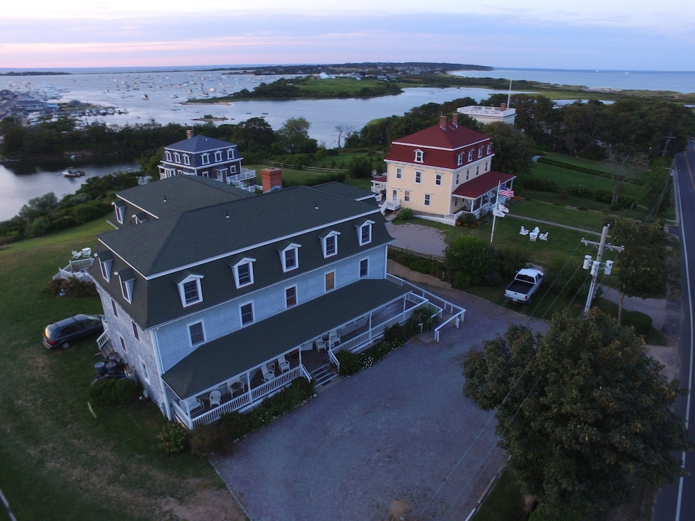 View from Property, Payne's Harbor View Inn