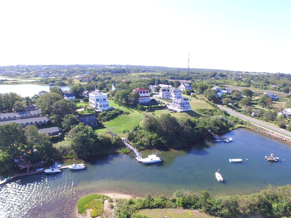 Aerial View, Payne's Harbor View Inn