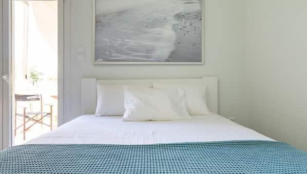 1 chambre, fer et planche à repasser, lit parapluie, Wi-Fi gratuit