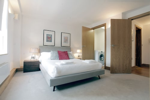 Valet Apartments Chelsea