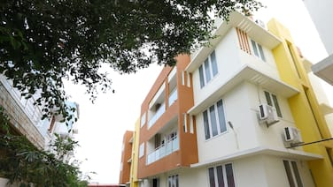 OYO 15701 River View Residency
