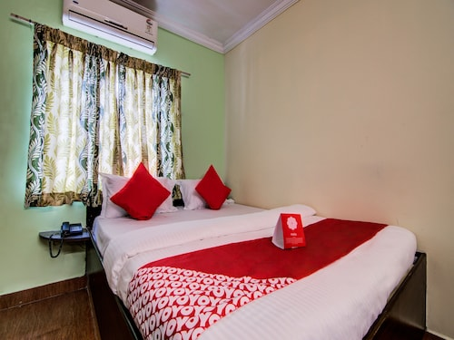 Simhachalam Temple Accommodation: AU$20 Hotels Near Simhachalam