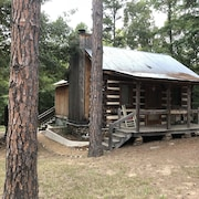 Log Cabin in Woods W/trail & Scavenger Hunt Wood Fireplace, Lindale Canton Tyler