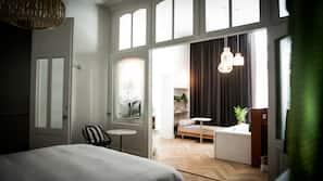 Luxe beddengoed, een kluis op de kamer, verduisterende gordijnen