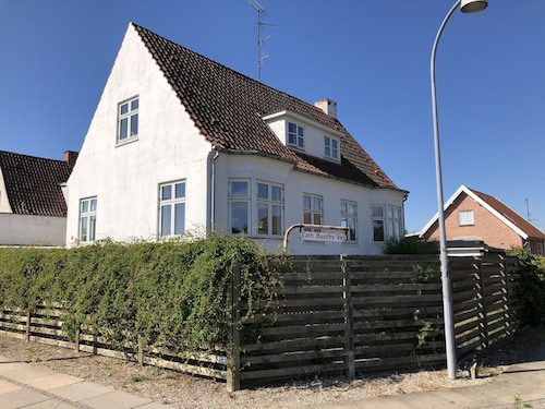 Spacious apartment close to Copenhagen