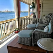 Adorable Waterfront Condo, 2/1.5, Park Your Boat or Kayak Below, Bring the ?!