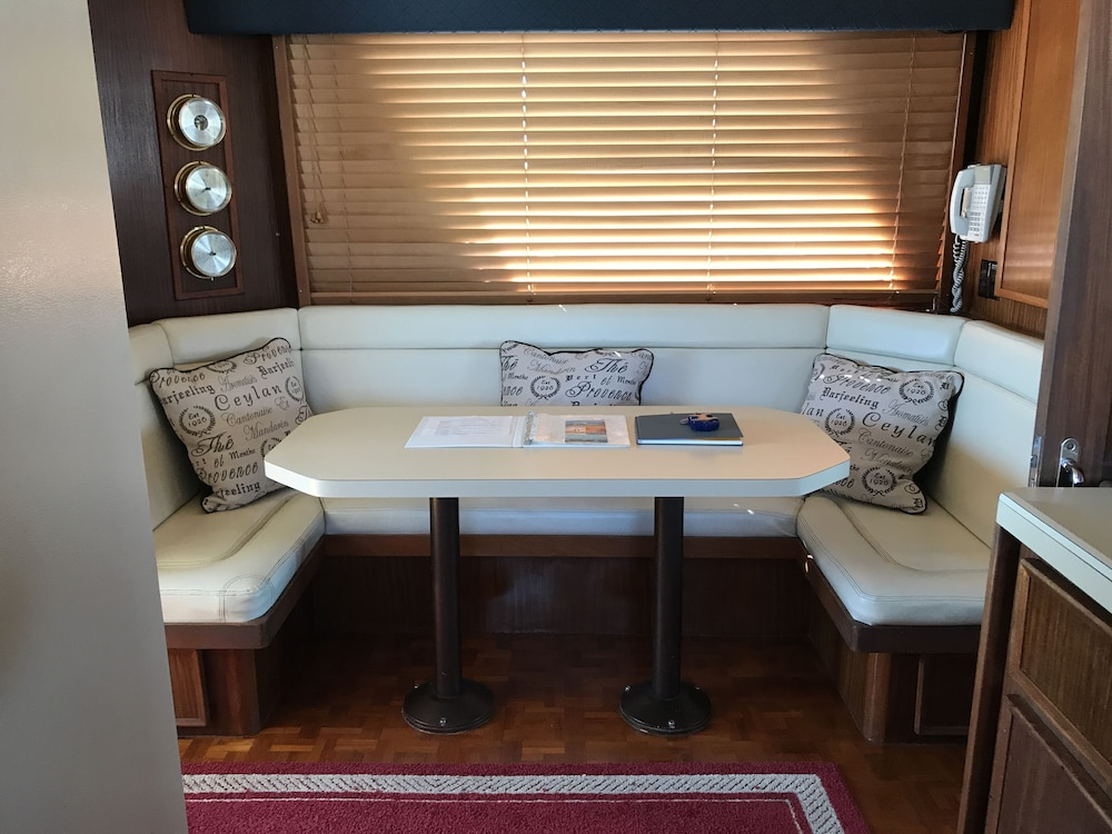 , Spend The Weekend Aboard Your Own Private Yacht In Historic Charleston