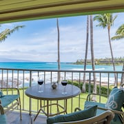 Oceanfront Studio A204 With Gorgeous Ocean Views Overlooking Napili Bay