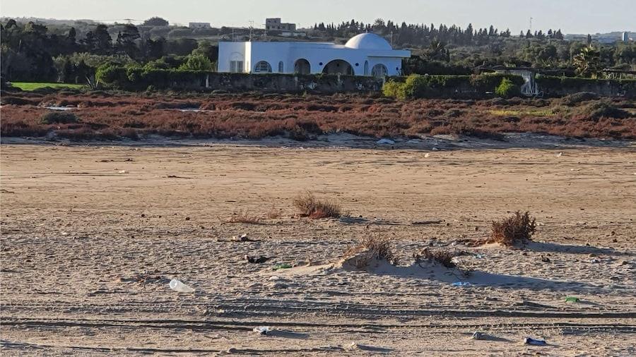 Yasmine Dar Oufa Beach